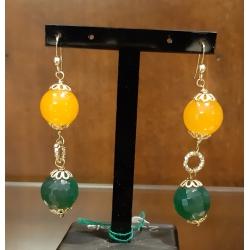 Orecchini pendenti con pietre dure di agata verde e arancio