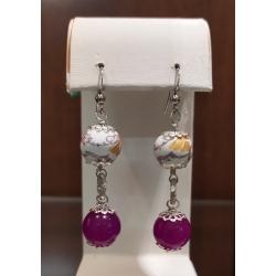 Orecchini pendenti con pietre dure di agata viola e decorata